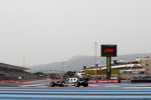 Hoppá: rendesen eleredt az eső a francia F1-es pályán! (kép)