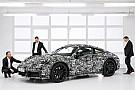 Porsche atiça fãs com as primeiras fotos oficiais do novo 911