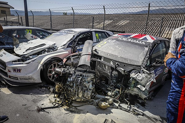 Huff and Bennani's VWs written off in Portugal crash