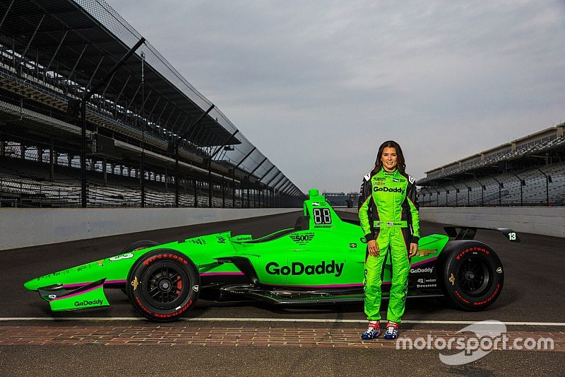 Así lucirá el auto de Danica Patrick para su despedida en Indy 500