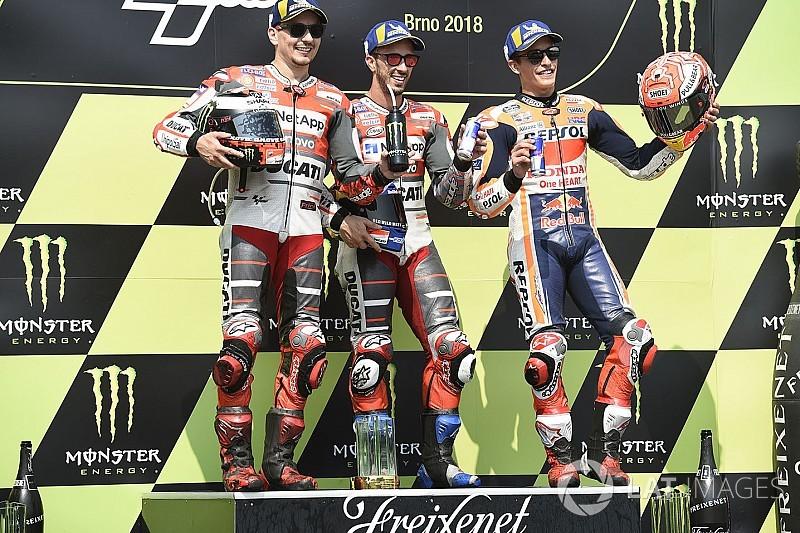 Dovizioso se lleva en Brno un final de carrera de infarto
