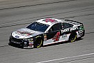 Harvick steals Stage 2 win with daring last-lap pass at Chicagoland