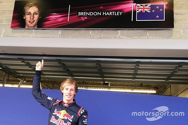 Ecco la prima foto di Brendon Hartley con la tuta Toro Rosso