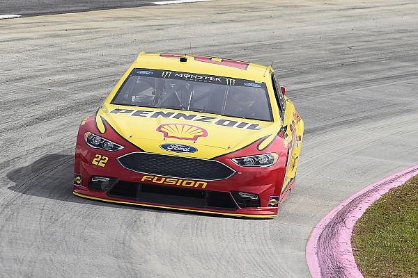 NASCAR in Martinsville: Joey Logano mit Last-Minute-Pole