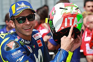 Other bike Breaking news Rossi repping Italian pride with new sun and moon design