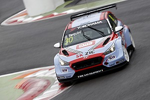 WTCR Race report Marrakesh WTCR: Tarquini doubles up with Race 3 win