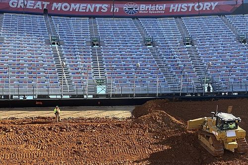 NASCAR to use bias ply tyres for Bristol dirt race
