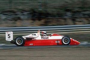 Kampioensbolide Schumacher uit Formule 3 te koop aangeboden