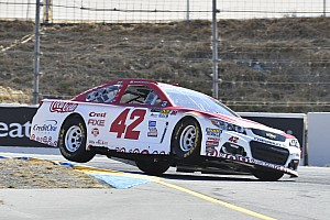 NASCAR Cup Reporte de calificación Larson y McMurray saldrán desde la primera fila en Sonoma