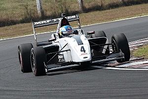Indian Open Wheel Отчет о гонке Ньюи выиграл в Индии, Шумахер осложнил себе борьбу за титул