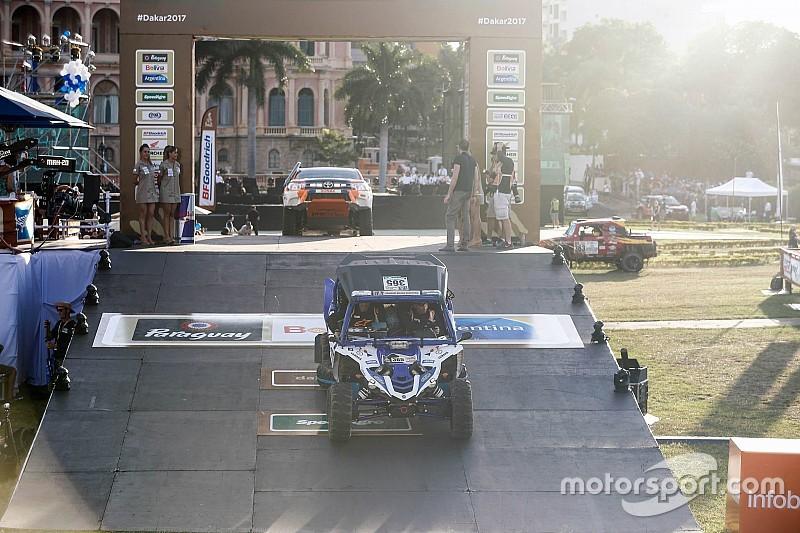Joan Font acaba su primera aventura en el Dakar trágicamente