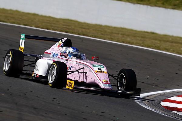 Formula 4 Noticias de última hora Vídeo: el increíble incidente que costó 5.000 euros a Sophia Floersch