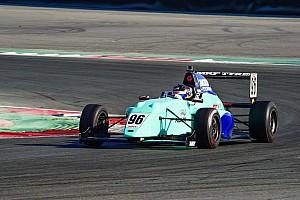 Indian Open Wheel Репортаж з гонки MRF Challenge: Шумахер-молодший покращує позиції, але програє лідеру
