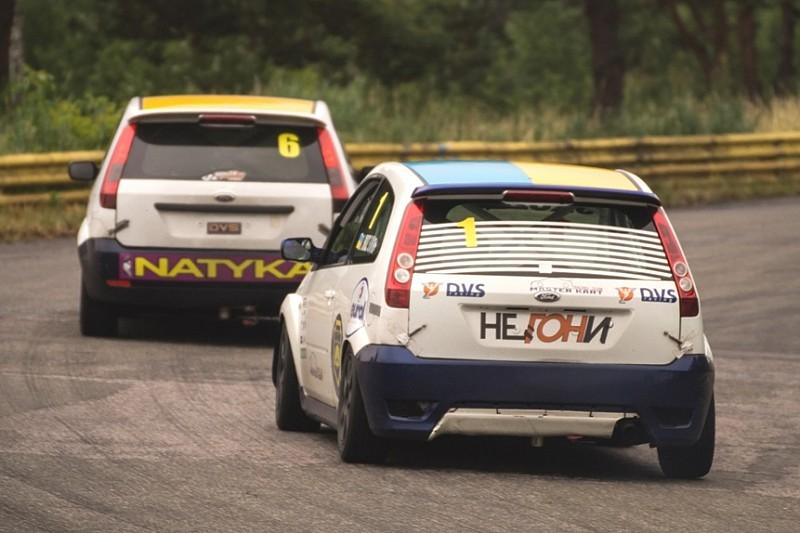 Чемпіонат України з кільцевих гонок: Чемпіонське протистояння