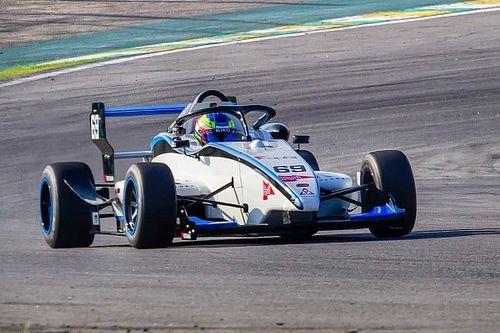 Aos 14 anos, Pedro Clerot é o mais jovem vencedor do automobilismo no Brasil após triunfo na F-Delta