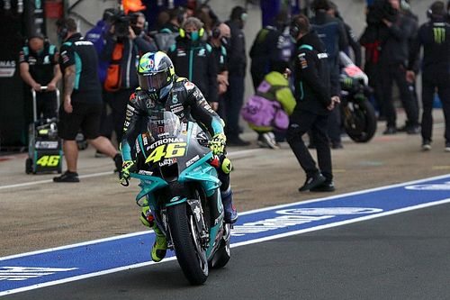 """Ne pas changer de pneu était """"la bonne stratégie"""" selon Rossi"""