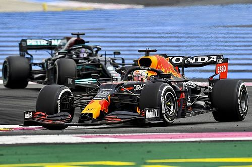 Mercedes can't account for 0.5s lost in F1 undercut to Verstappen
