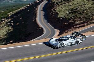 In beeld: Het record van Volkswagen op Pikes Peak