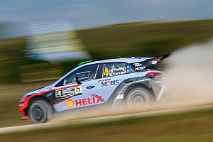 WRC Race report Hyundai Motorsport claims fifth podium of 2016 with hard-fought third in Poland