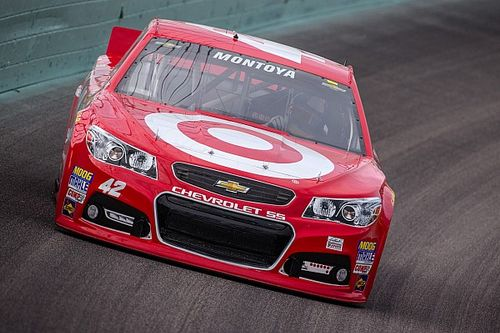 Montoya: NASCAR tough for drivers without dirt racing backgrounds