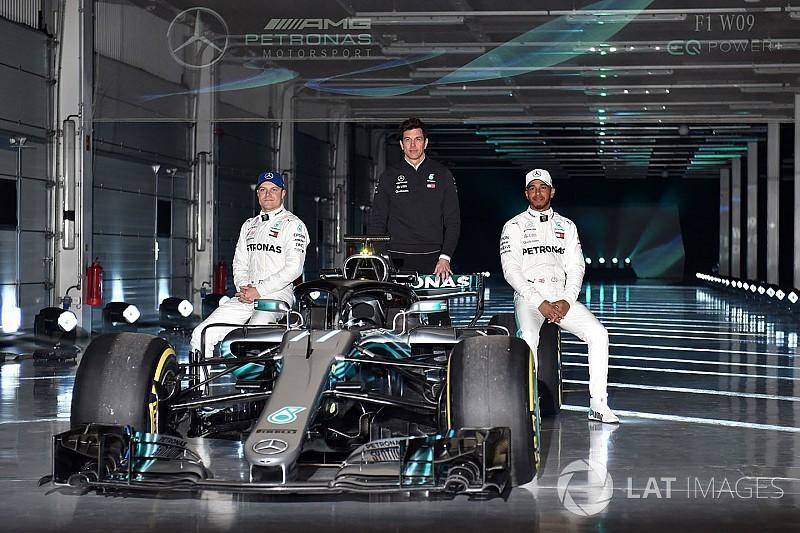 Hamilton: Yeni Mercedes, W08 gibi