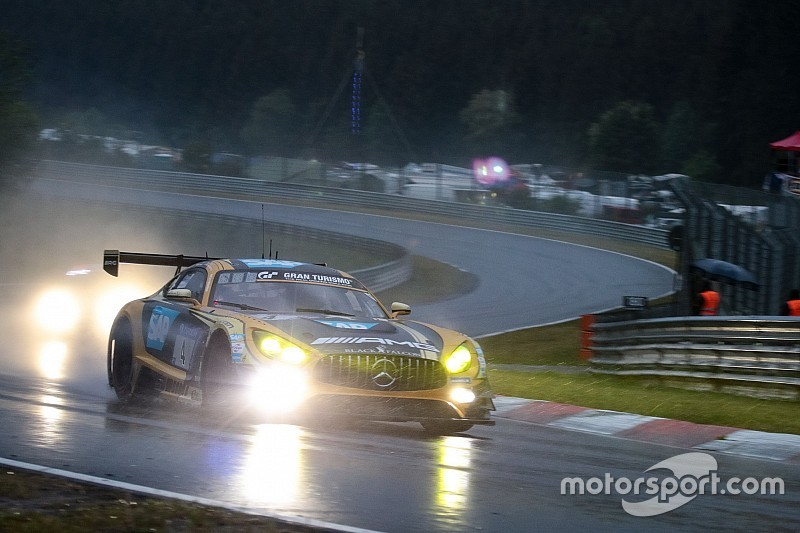 Nurburgring 24h: Race suspended due to rain and fog