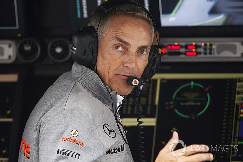 Сотрудники McLaren просят помощи у Мартина Уитмарша. Что происходит?