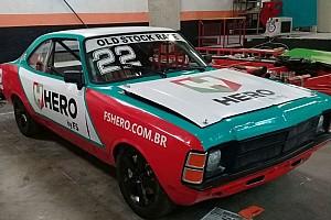 Stock Car Brasil Últimas notícias Primeiro campeão da Stock Car corre com filho em Interlagos