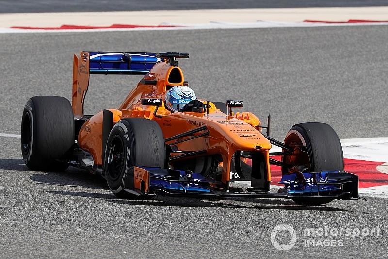 Jimmie Johnson im Formel-1-Auto: