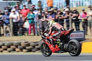 Ушедший из MotoGP Баутиста выиграл свою дебютную гонку WSBK
