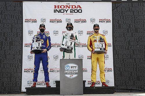 Całe podium dla Andrettiego