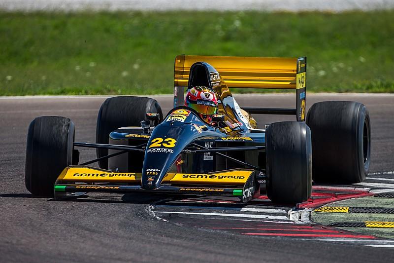 В Италии восстановили Minardi 1992 года с мотором Lamborghini