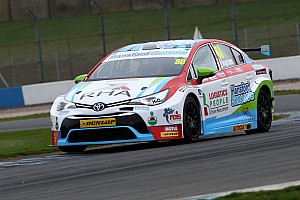 BTCC Testing report Ingram leads Toyota 1-2 in Donington BTCC test