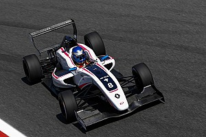 Formule Renault Raceverslag FR 2.0 Silverstone: Palmer wint, drama voor Verhagen en Opmeer
