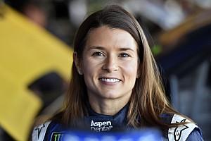 NASCAR Cup News NASCAR 2018: Danica Patrick verlässt Stewart-Haas Racing