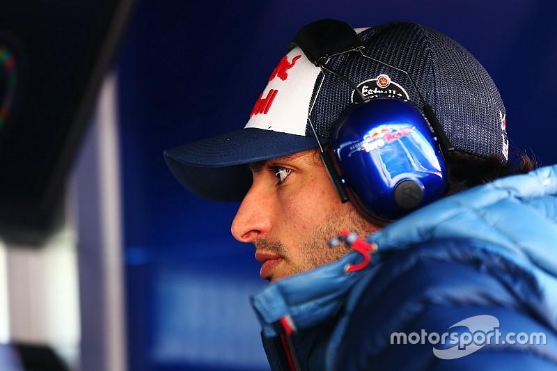 """Sainz: """"Aún hay pequeños problemas en el motor, pero también por nuestra parte"""""""