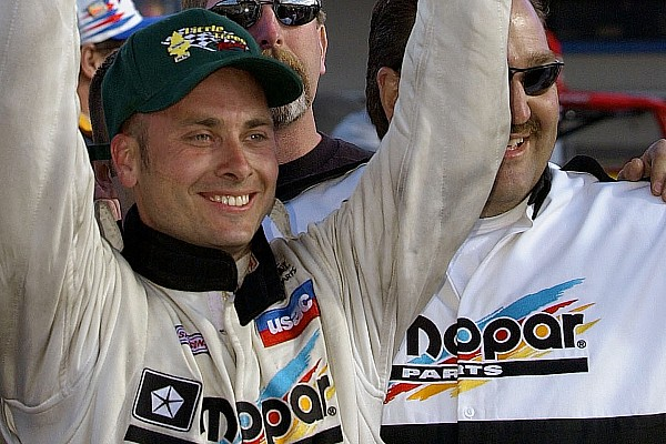 Sprint Breaking news Dave Steele killed in Florida sprint car crash at Desoto Speedway