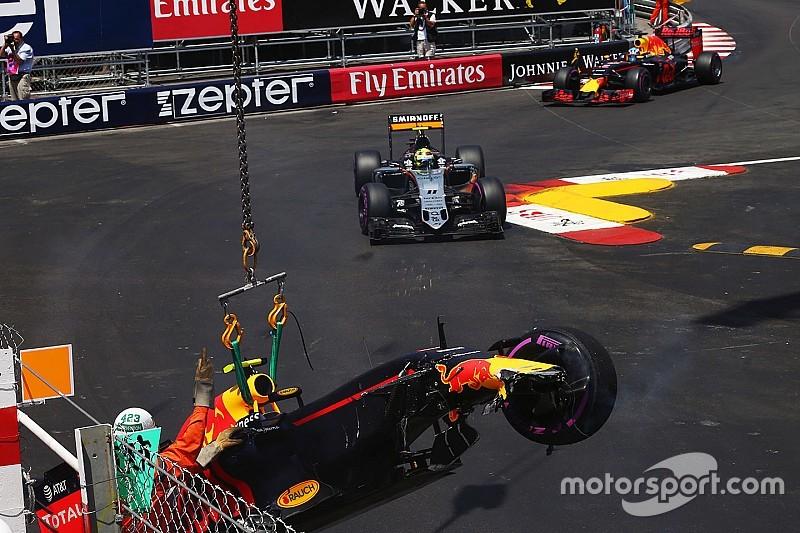 """Verstappen: """"Ho sottostimato il grip e voltato troppo presto"""""""