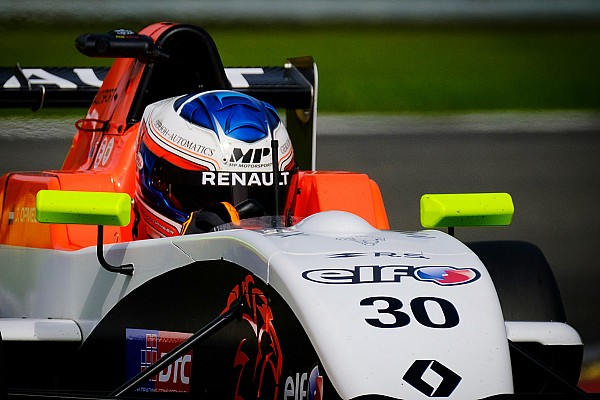 Formule Renault Opmeer opgetogen na dubbele puntenfinish