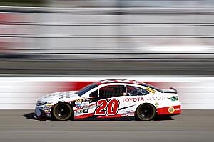 NASCAR Cup Reporte de prácticas Kenseth y Truex igualan al frente en la primera práctica de Richmond