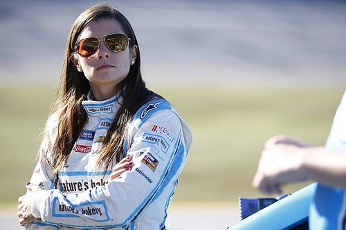 Nature's Bakery set to return to Danica Patrick's car at Kentucky