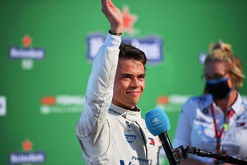 "Russell : Un Nyck de Vries ""fantastique"" mérite d'être en F1"