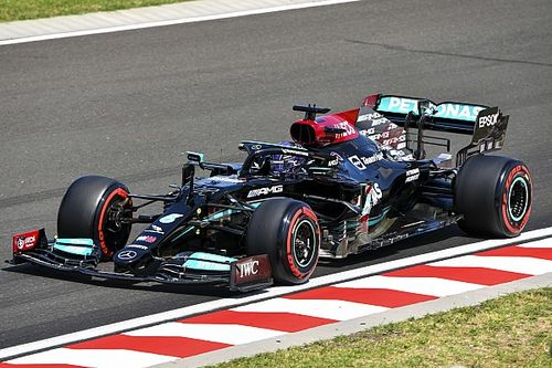 Hungarian GP: Hamilton outpaces Verstappen by 0.088s in FP3