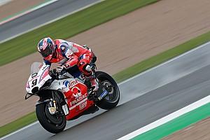 Petrucci aan kop in derde training Valencia, Rossi na crash richting Q1