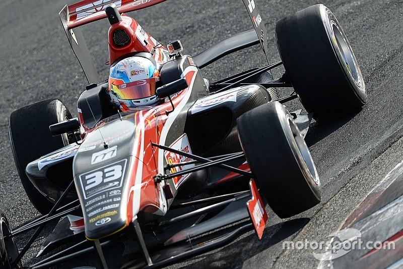 Hampton Downs TRS: Ferrari junior Zhou wins incident-filled Race 2