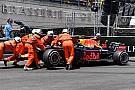 Crash en tweede tijd Verstappen in derde training, Ricciardo nipt snelste