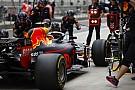 Forma-1 Nő a nyomás a szerelőkön: az F1-es csapatok miért hibáznak ilyen sokat a bokszban?!
