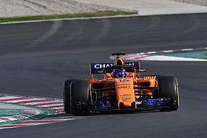 """Alonso é um piloto """"diferente"""" em 2018, diz McLaren"""