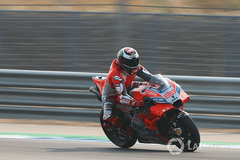 "Lorenzo still not ""comfortable"" on Ducati GP18"