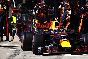 Videón, ahogy Verstappen az FIA szerint illegálisan előzte meg Räikkönent